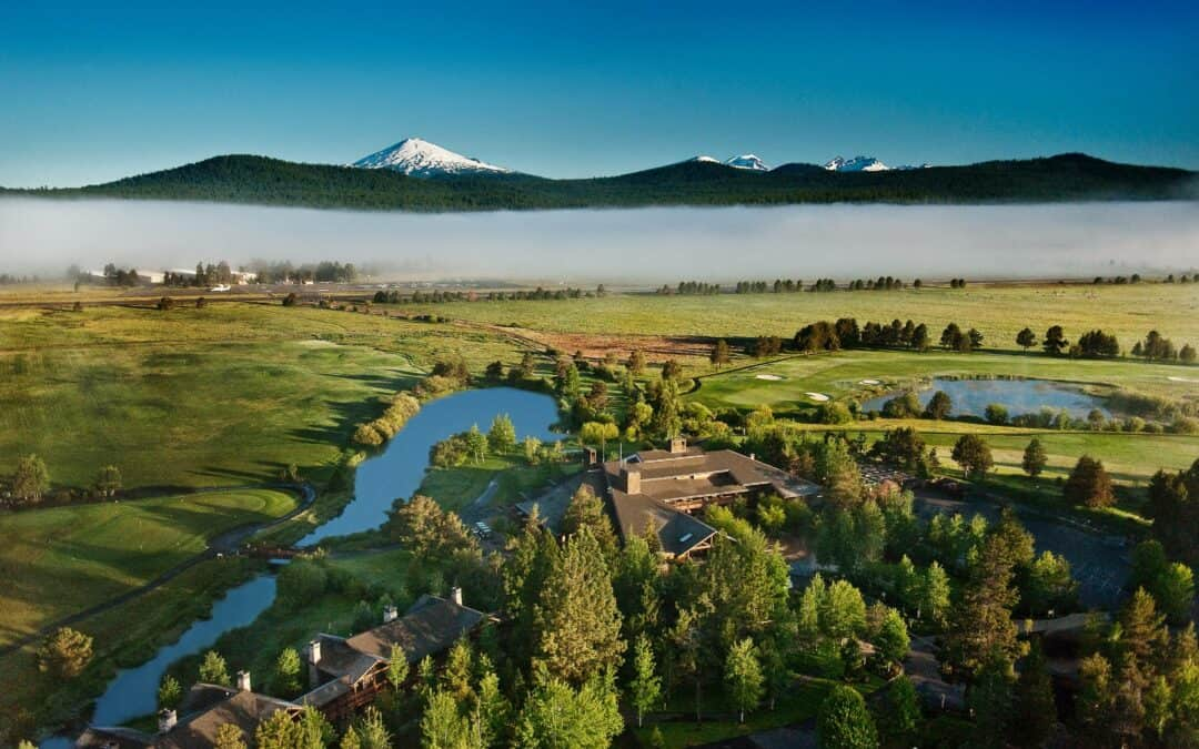An aerial view of Sunriver Lodge and its surrounding scenery in the town of Sunriver, Oregon.