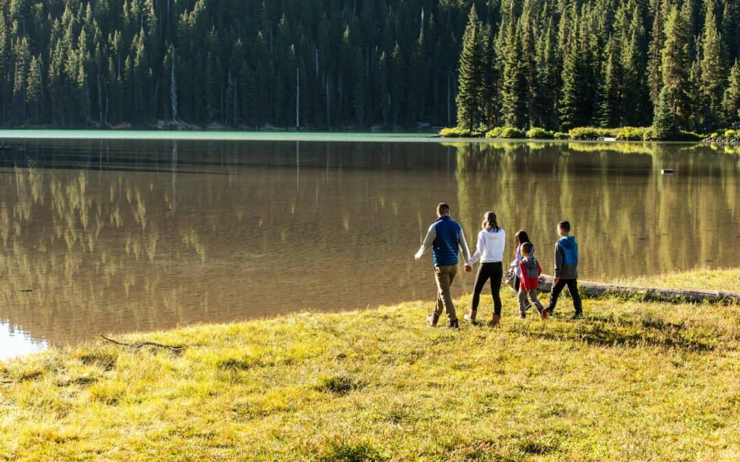 Accessible Adventure: Easy Hikes for Families near Bend, Oregon